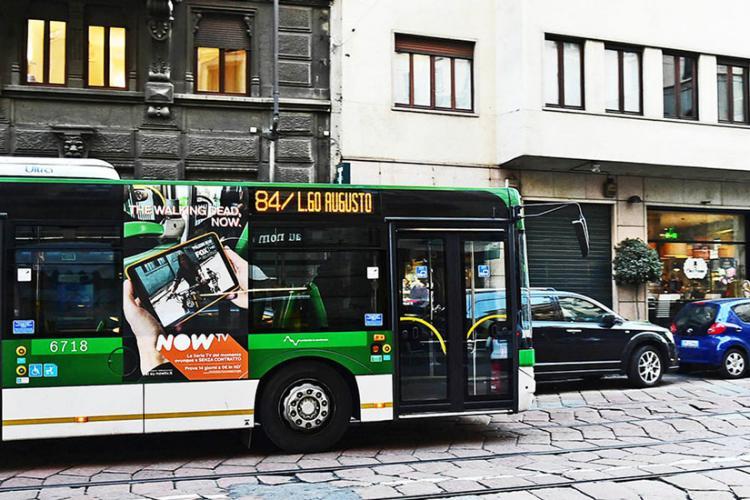 Adesive Portrait Milano